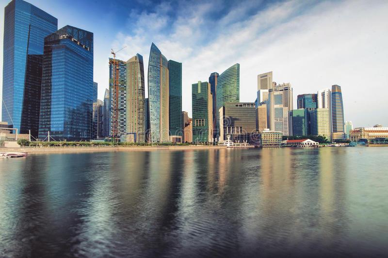 singapore-cbd-skyline-28190958